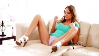 Topless young slut is fingering her juicy cunt