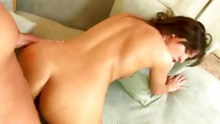Bitchy gf is sucking relaxed on a huge penis