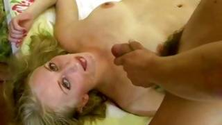 Homemade porn where a lady is sucking a dick while her pussy is fucked