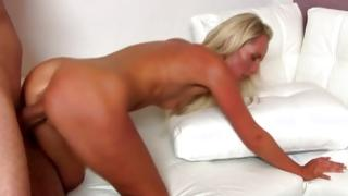 Blondie got her buggered with filthy cock